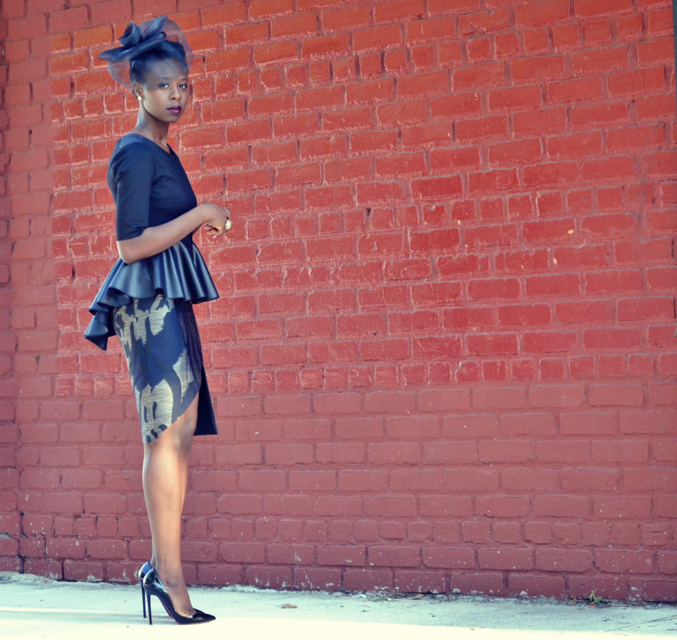 Black leather pencil skirt outfit pictures