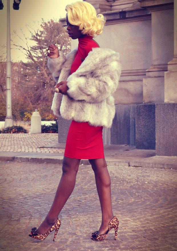 Daniela Tabois Asymmetrical Dress 7