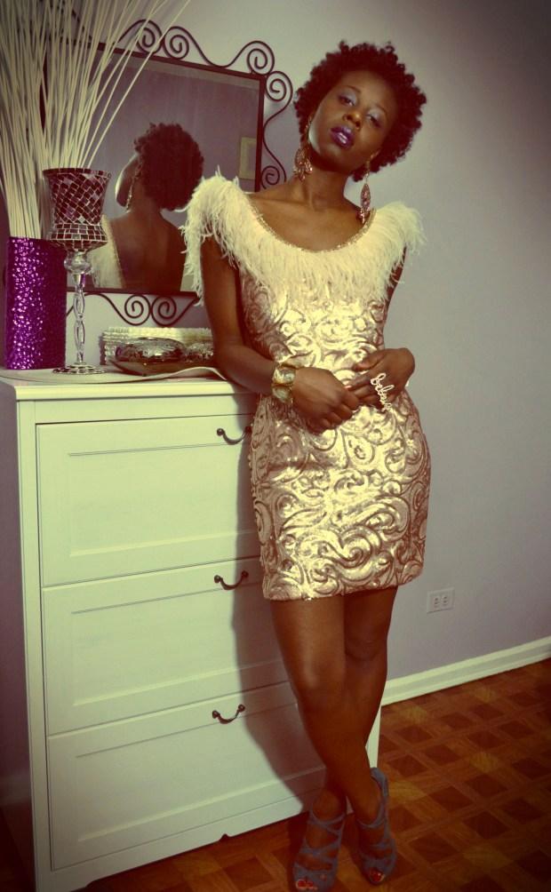 Daniela Tabois feather dress4
