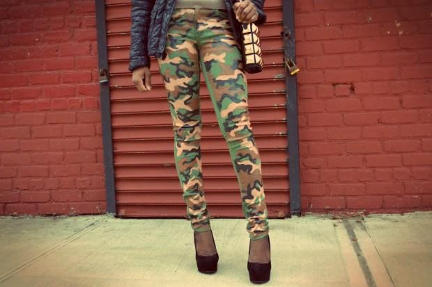 Daniela Tabois DIY Camo Jeans 2