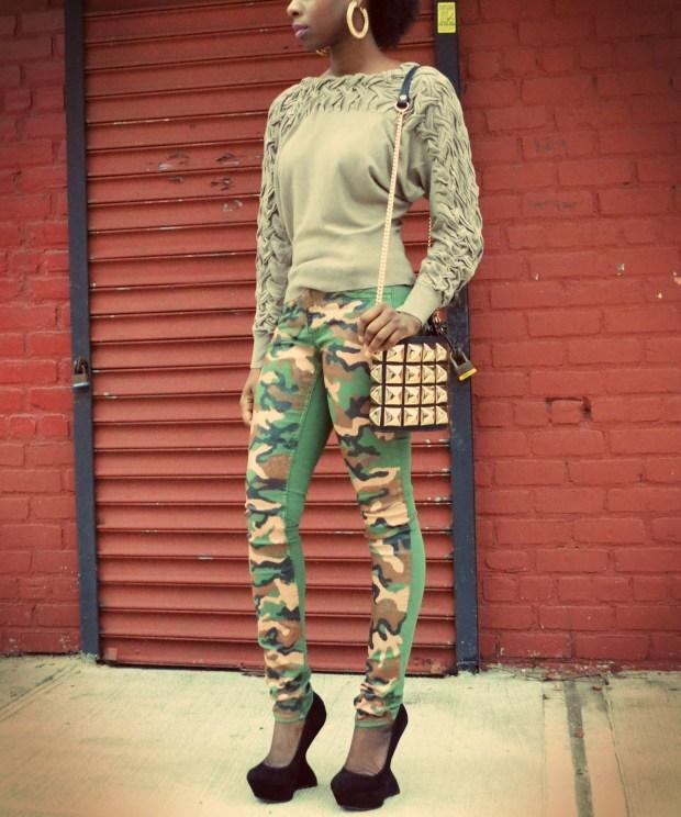Daniela Tabois DIY Camo Jeans 3