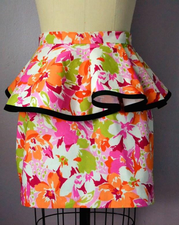 Daniela Tabois Hibiscus Flower Print Peplum Skirt