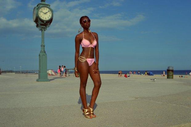 Daniela Tabois DIY Bathing Suit4
