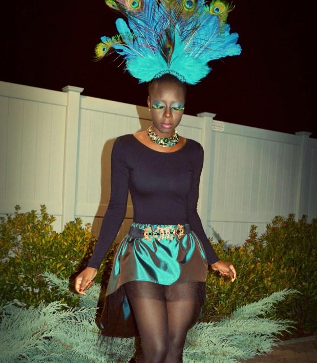 Daniela Tabois DIY Peacock Costume3