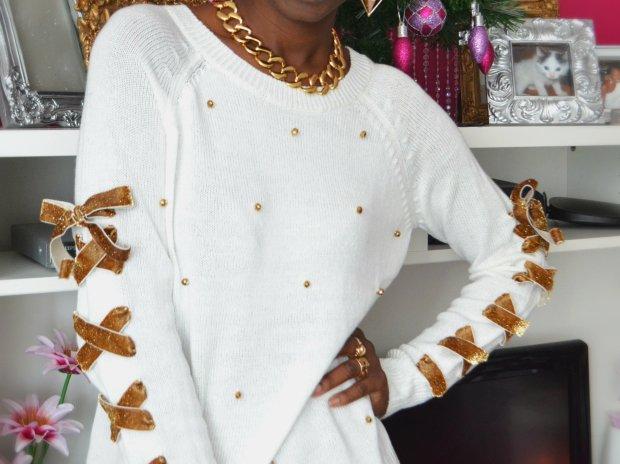 Daniela Tabois DIY Lace up ribbon Embellish sweater 1