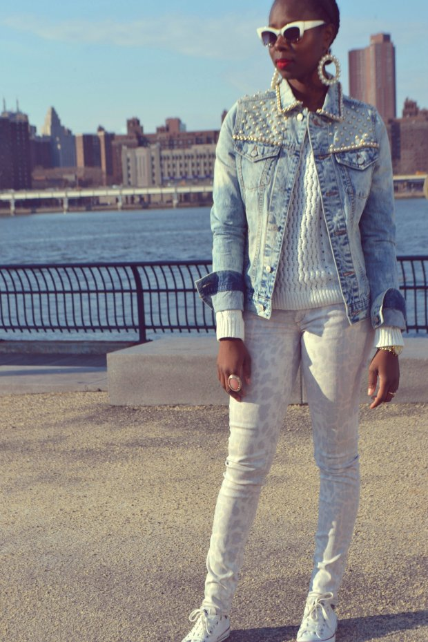 DanielaTabois DIY Pearl Studded Chain Denim Jacket3