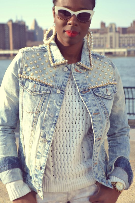 DanielaTabois DIY Pearl Studded Chain Denim Jacket4