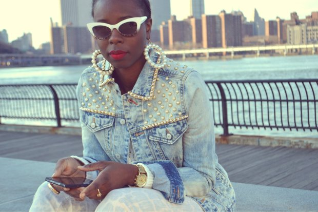 DanielaTabois DIY Pearl Studded Chain Denim Jacket8